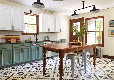 Yes, You Can Paint Your Entire Kitchen With Chalk Paint