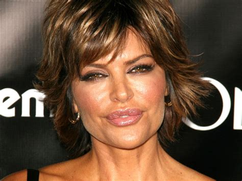 15 Lisa Rinna Hairstyles To Inspire From