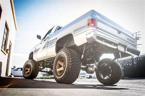 method wheels    bronze  road rims md