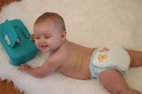 Baby Sleep Tips {& A Pampers Giveaway}