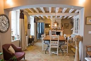 deco maison provencale cool deco maison campagne deco With beautiful meubles style campagne chic 1 deco entree appartement et maison de style campagne chic