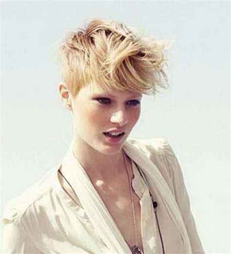 trendy short pixie trendige frisuren frisuren  maenner