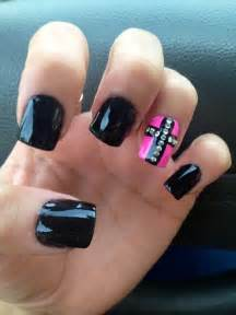 Gypsy nails on nail art accent and gel manicures