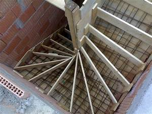 Bednění schodiště postup