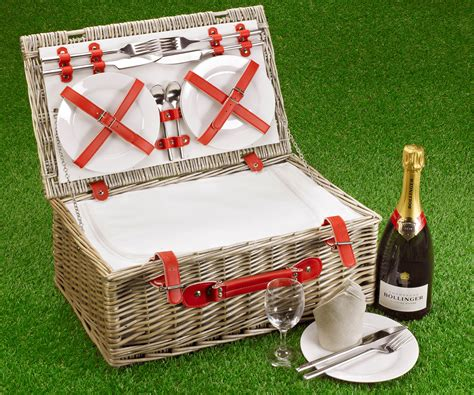 Fitted Picnic Basket, Red Cool Hamper (4-person 18