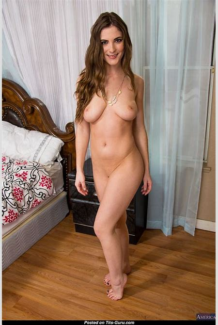 Molly Jane - nude awesome female with medium natural boob photo   12.03.2015 23:52:12