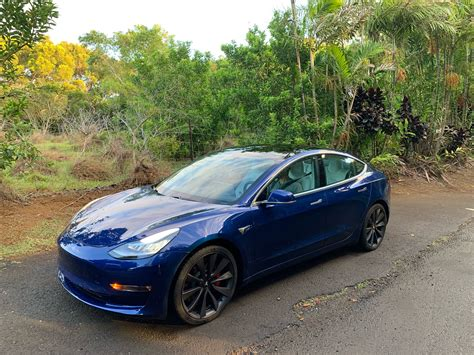 View Tesla 3 Month Lease Background