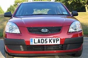 Garage Agréé Kia : kia rio iii 2005 road test road tests honest john ~ Medecine-chirurgie-esthetiques.com Avis de Voitures