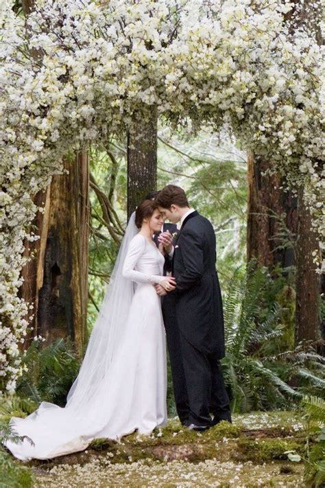 i want this for my wedding alter arch | Twilight wedding ...