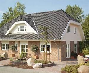 Haus Mit Gaube : kr ppelwalmdach mit gaube danhaus landhaus au enbereich ~ Watch28wear.com Haus und Dekorationen