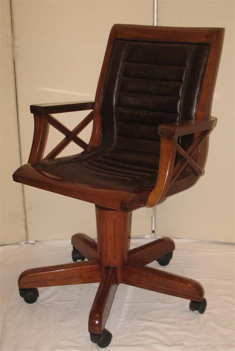 fauteuil de bureau retro fauteuil de bureau en bois pivotant sous chaise bureau