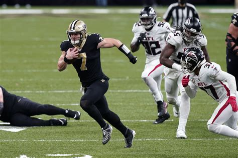 Cougars in the pros: Taysom Hill leads Saint to win in ...