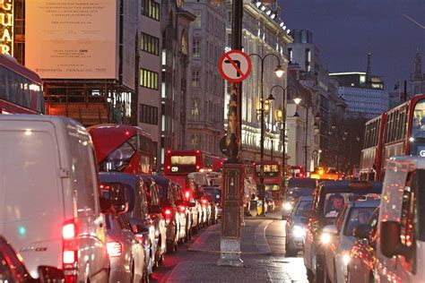 stagecoach growth hit  worsening london traffic jams