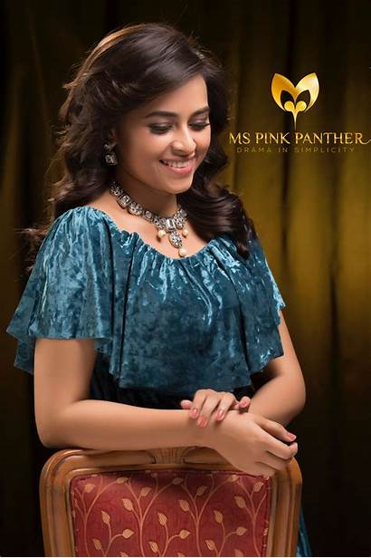 Photoshoot Latest Divya Sri Jewelry Actress Panther