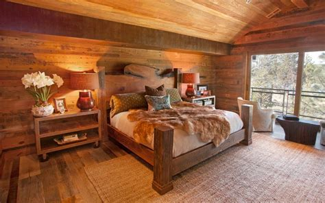 Rustic Bedrooms : How To Design A Rustic Bedroom That Draws You In