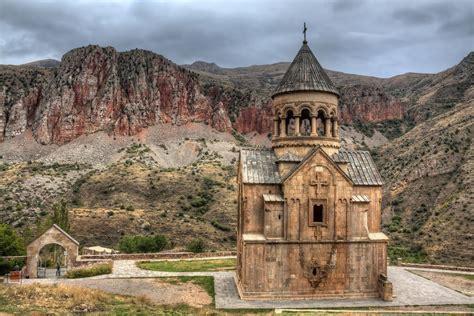 places  visit  armenia  crazy tourist