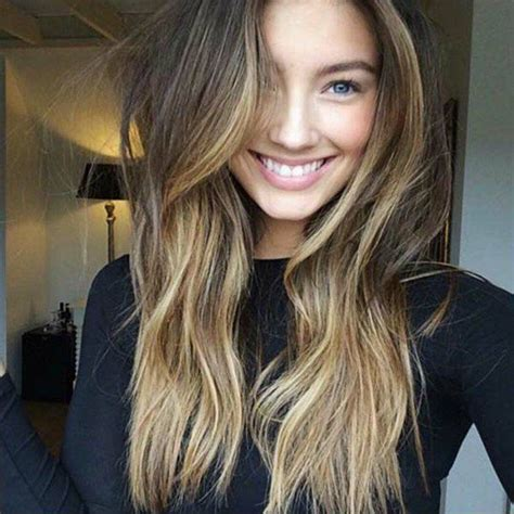 Balayage Miel Sur Chatain Balayage Blond Ou Caramel Pour Vos Cheveux Ch 226 Tains Balayage Blond And Hair Style