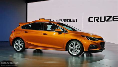 chevrolet colorado 2014 here 39 s the 2017 chevrolet cruze hatch in color