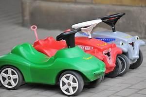 Bobby Car Ferrari : bobby car und rutschauto tests bobby car ~ Kayakingforconservation.com Haus und Dekorationen