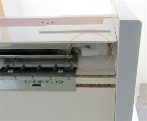 Ikea Küchenschrank Schublade Herausnehmen by How To Remove The Ikea Maximera Drawer Spikymouse