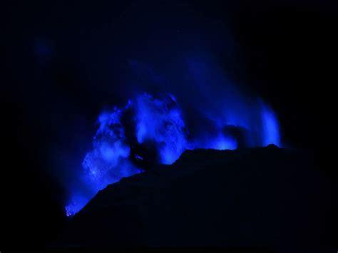 lava l blue la lave bleue du volcan kawah ijen 2tout2rien