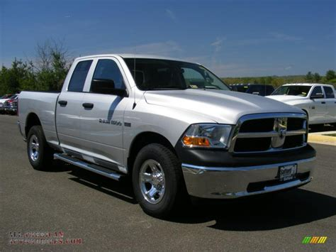 2011 Dodge Ram 1500 St Quad Cab 4x4 In Bright Silver