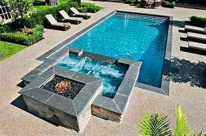 pool und whirlpool heizung mit feuerstelle garten With feuerstelle garten mit whirlpool auf balkon