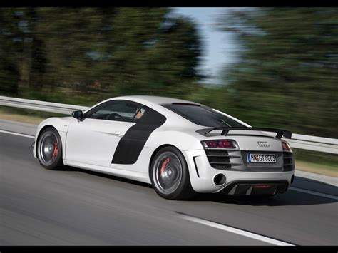 2018 Audi R8 Gt Rear And Side Speed 3 1024x768 Wallpaper