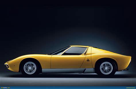 AUSmotive.com » Random wallpapers: Lamborghini Miura SV
