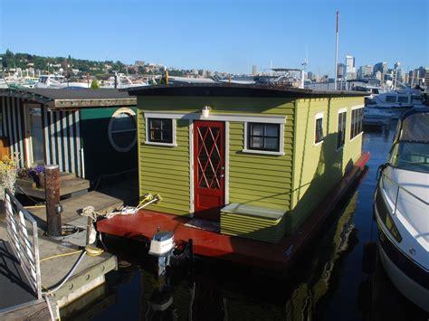 delightful houseboat  lake union  seattle wa