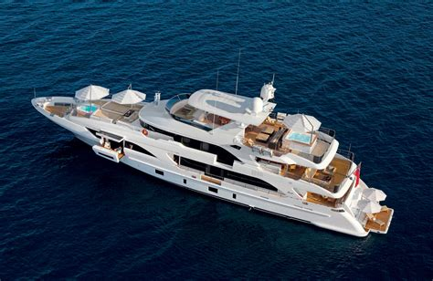 Gold Yacht Miami Boat Show by Azimut Benetti Debuts Three Yachts At The Miami Boat