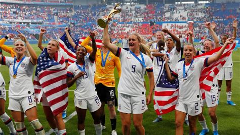 uswnt wins  womens world cup breaking  usa