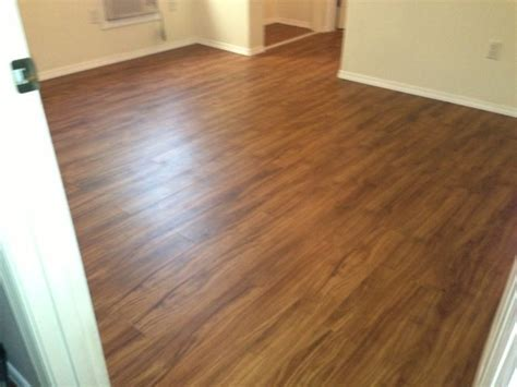 Cortec: LVT Plank. Color: Gold Coast Acacia