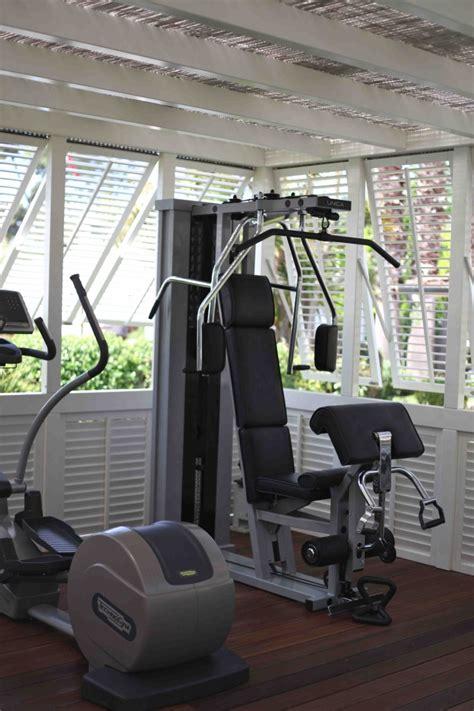 salle de sport chez soi installer une salle de sport dans jardin moltodeco
