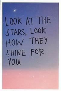 Coldplay. Yellow. Una de sus canciones más bonitas ...