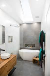 grey and white bathroom tile ideas best 25 grey white bathrooms ideas on