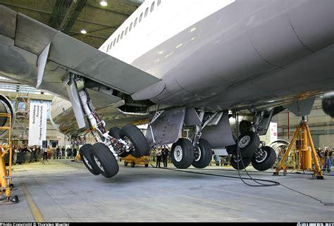 mcdonnell douglas md  swiss international air lines