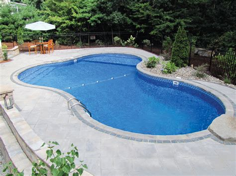 4 design ideas for pool patio