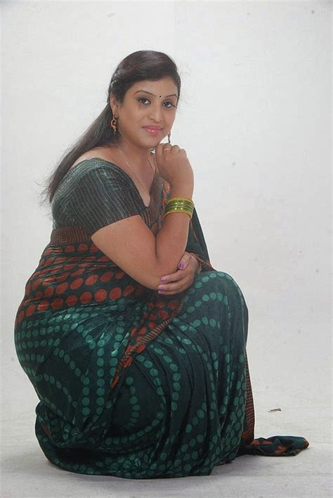 Uma Aunty Telugu Tv Serial Actress ~ Hot Actress Photo Gallery