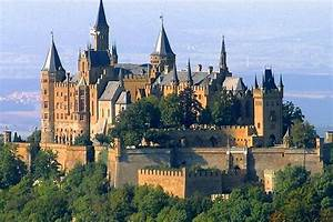 10 Most Beautiful Medieval Cities in Europe | Best Of Greece