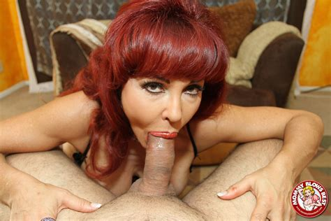 Sexy Vanessa Showing Off Her Excellent Cocksucking Skills Pichunter