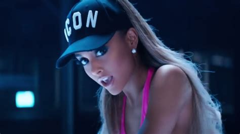 videos hot de musica ariana grande music videos but it s just the song titles