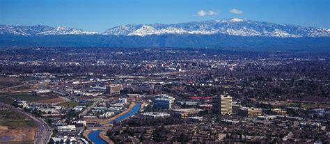 Bakersfield Travel and Transportation Information
