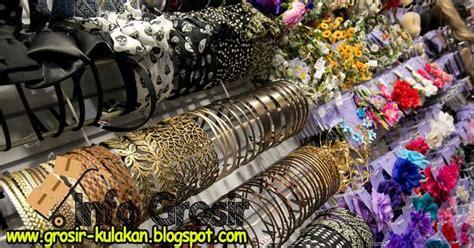 bisnis aksesoris  pernak pernik perhiasan tempat