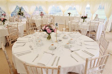 elements   reception table setting nyc wedding blog