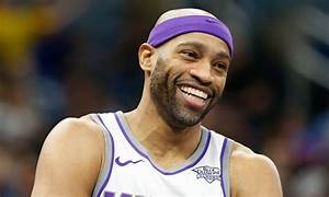 Twitter reacts to news 41-year-old Vince Carter will join ...