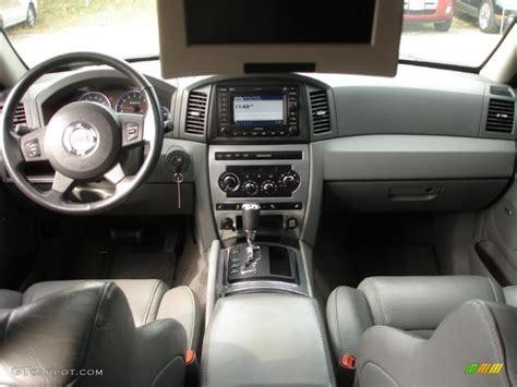 jeep grand cherokee dashboard 2007 jeep grand cherokee srt8 4x4 medium slate gray