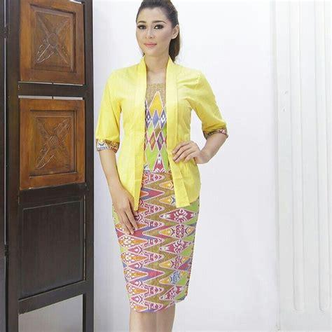 pin  batik solo