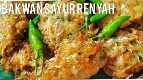 Siram mie, ketupat, dan sayur dengan bumbu pecel secara merata. Cara membuat bakwan sayur renyah tahan lama - YouTube