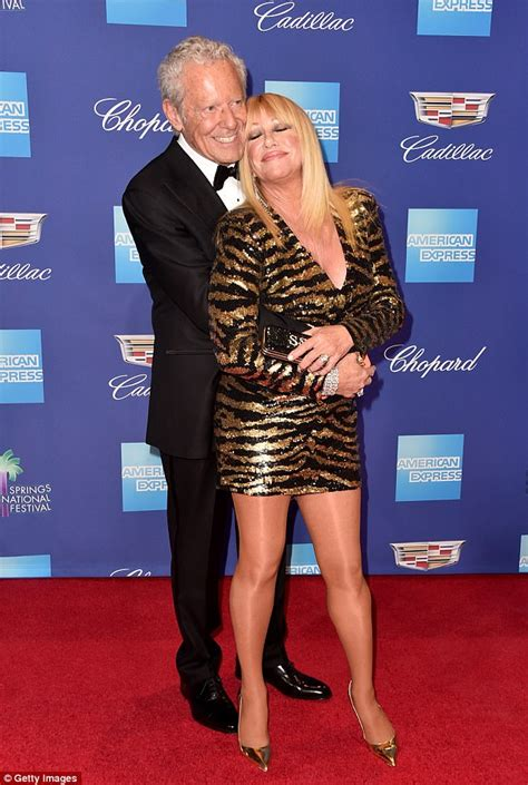 Suzanne Somers shows off killer figure at film fest